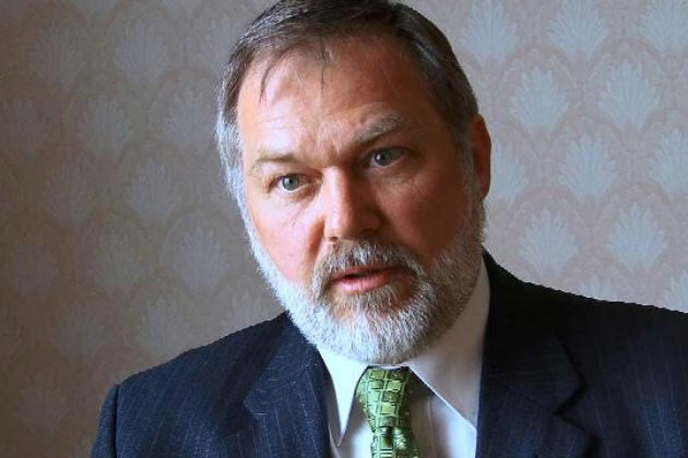 Scott Lively Warns That SCOTUS Could Unleash The Antichrist By September 2015