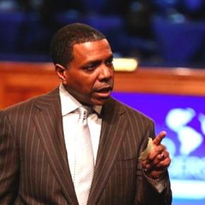 Unbelievable: Atlanta 'prosperity gospel' Pastor Wants Congregation To Buy Him a New $65MJet