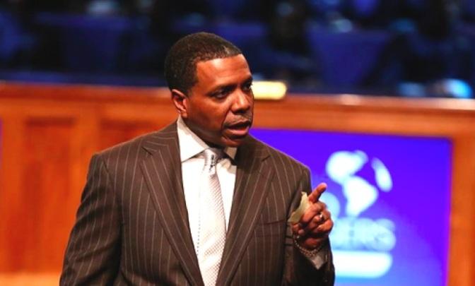 Unbelievable: Atlanta 'prosperity gospel' Pastor Wants Congregation To Buy Him a New $65M Jet
