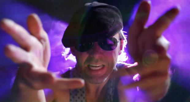 Derek_Bishop_—__Baggage__Official_Music_Video_HD_-_YouTube 2