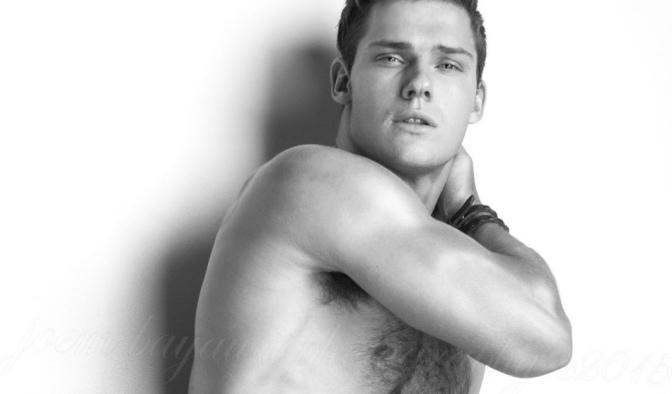 #TGIF Ben Todd via Gay Body Blog