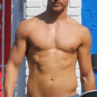 Today's Gratuitous Pics: Derek Hough