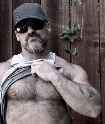 Shirtless Saturday: Men, Men and Men