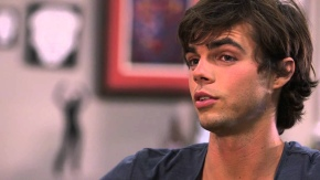 Reid Ewing Nonchalantly Comes Out on Twitter