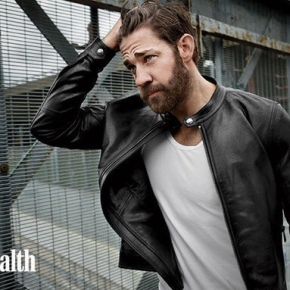 John Krasinski: Looking Buff and Sexy on 'Men's Health'