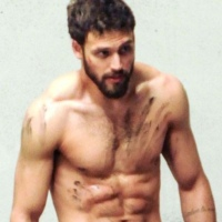 Today's Gratuitous Pics: Ryan Guzman