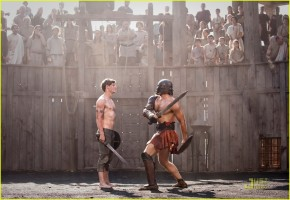 Jamie Bell (left) stars in the Roman epic adventure THE EAGLE, a Focus Features release directed by Academy Award winner Kevin Macdonald.  Photo Credit: Matt Nettheim.  © 2011 Focus Features