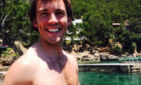 Hot Alert: Sam Claflin on Instagram