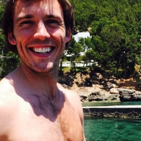 Hot Alert: Sam Claflin onInstagram