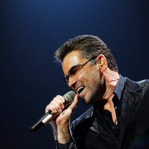 George Michael, Pop Superstar, Has Died at 53 – The New YorkTimes