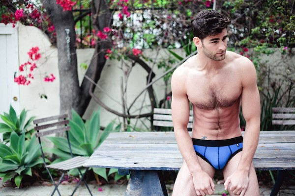 blue_brief_lifestyle_nowater-copy-1024x6821