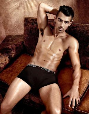 joe-jonas-guess6